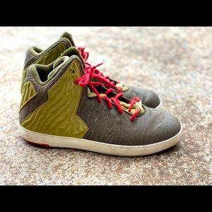 Nike LBJ Sneakers US 8 1/2